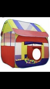 Tents (ball pit) / tunnel/balls