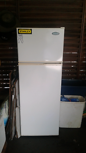Westinghouse Frost Free Fridge Buderim Maroochydore Area Preview