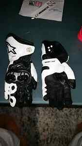 Alpinestars gp pro gloves size lrg Heathcote Sutherland Area Preview