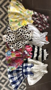 Lot robes fillettes 12-18 et 18-24 mois