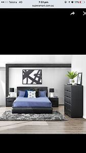 Black bonded leather queen bed Craigieburn Hume Area Preview