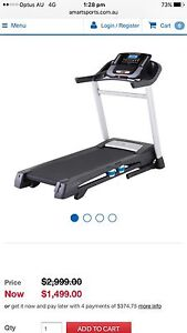 Treadmill h200t HealthRider near New! Bethania Logan Area Preview