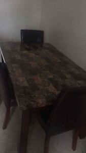 Kitchen Table with 2 chairs 6 by 5