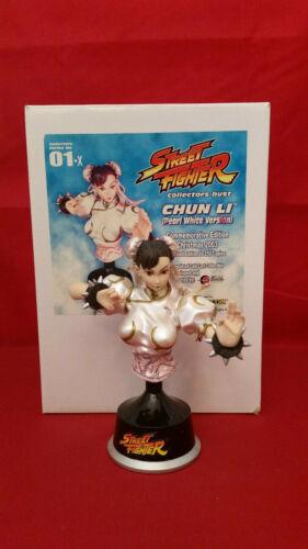 "Street Fighter Chun Li 6"" Bust - Pearl White Version - Christmas 2003 #148 / 250"