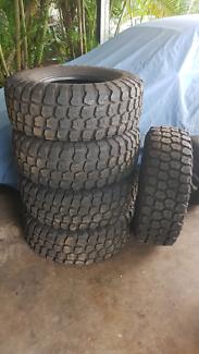 """35"""" Mud tyres"""
