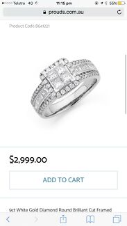 9ct white gold diamond brilliant cut framed ring
