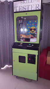 Skill tester / claw machine / arcade Ormeau Hills Gold Coast North Preview