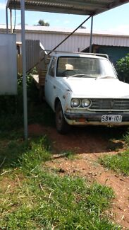 Toyota hilux barn find with rego Peterborough Peterborough Area Preview