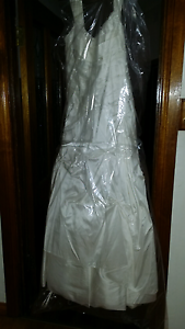 WEDDING DRESS PURE SILK St Morris Norwood Area Preview