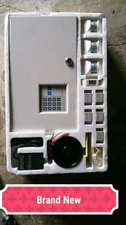 HOME ALARM SYSTEM PLUS EXTRAS (NEW)