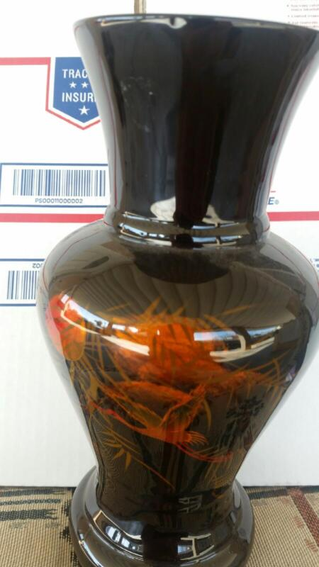 Vietnamese Lacquer thanh le jewelry goldfish vase