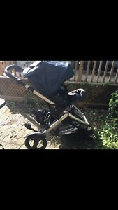 Britax b-ready 2012  double stroller compete set