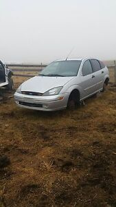 2003 for Focus for parts or take hole thing