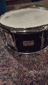 LOOKING TO TRADE DRUM STUFF