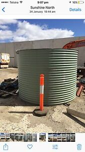Water tank Sunshine North Brimbank Area Preview