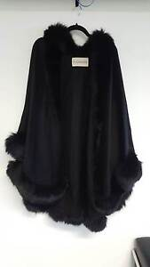 PLANINSEK Cropped Cashmere Cape w Full Fox Trim Black RRP $2195 North Sydney North Sydney Area Preview