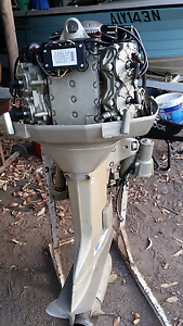 115hp v4 johnson outboard Willawarrin Kempsey Area Preview