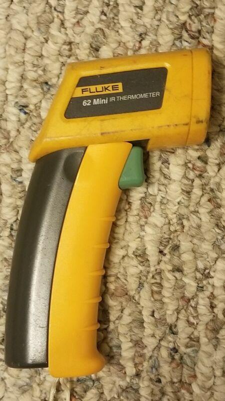 Fluke 62 F62 Mini Handheld Laser IR Infrared Thermometer Gun  Temp tester
