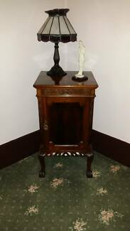Wooden Sidetable Antiques Lounge Room or Dining Glen Iris Boroondara Area Preview