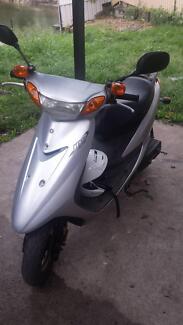 yamaha JOG scooter