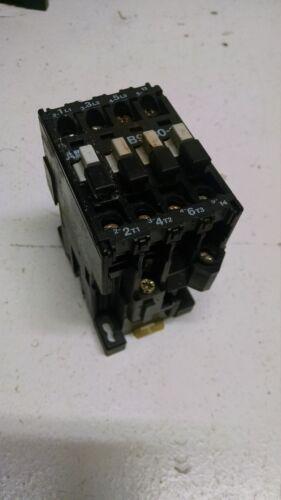 ABB B9-30-10 Motor Control Contactor 21A 600V  110-120V Coil P148