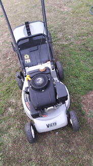 For sale Victa mustang lawn mower runs well starts ezy VGC