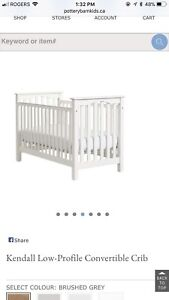White Crib with conversion kit to toddler bed