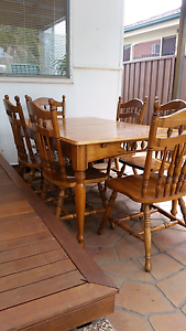Dining table and chairs - extendable Panania Bankstown Area Preview