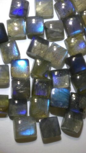 NATURAL SQUARE SHAPE NEON BLUE SHEEN LABRADORITE AVG SIZE 6 X 6 mm 65 Ct. 40 Pcs