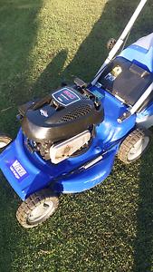 Victa lawn mower 4 stroke Briggs Narellan Camden Area Preview