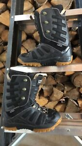 Limited snowboard boots size 8-9