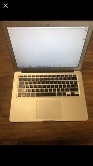 Apple MacBook Air 13-inch computer notebook