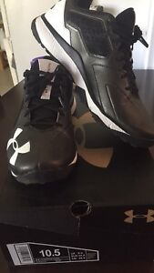 Under Armour mens size 10.5
