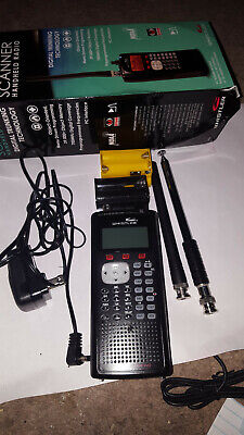 Whistler ws1040 digital scanner, perfect condition. Extendable antenna provided!