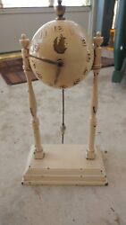 Vintage mid-century modern working ball clock swinging pendulum Unusual.  NICE
