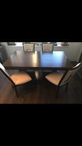Dining table and chairs With Extension