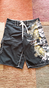 Quicksilver Shorts Size 34 In Excellent condition Rowville Knox Area Preview