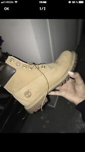 Timberland femme taille 7.5 110$