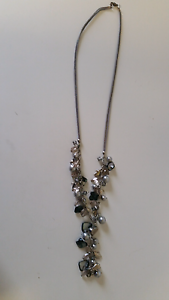 Silver beaded necklace Meadowbrook Logan Area Preview