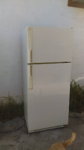 3 fridges 2 work dont get cold other one works fine Melton South Melton Area Preview