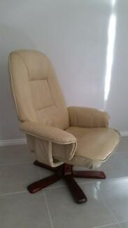 Leather Recliner Arm Chair for sale Mornington Mornington Peninsula Preview