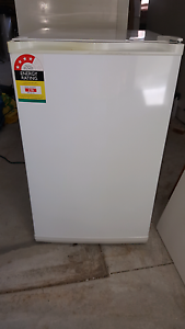 Homemaker 80 litre freezer Meadowbrook Logan Area Preview