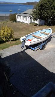 Purdon 12ft fibreglass dinghy with outboard and trailer