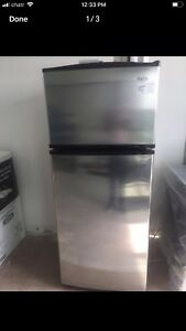 """Can deliver/30""""d28""""w 67h Whirlpool FRIDGE"""