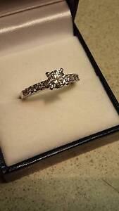 1ct stunning diamond engagement ring Brisbane City Brisbane North West Preview