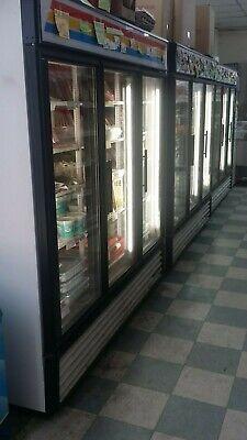 Used True 3-glass Door Merchandising Refrigerator Gdm-72 Commercial Refrigerator