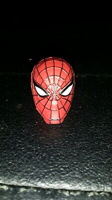 Mezco One 12 Spiderman HEAD ONLY Peter Parker Classic Costume Comic - Classic Spiderman Suit