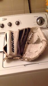 Senior Goalie Glove
