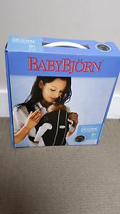 Original Baby Bjorn North Melbourne Melbourne City Preview