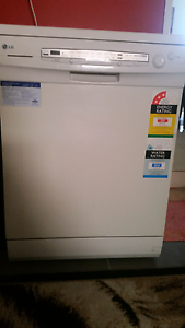 Dishwasher Prestons Liverpool Area Preview